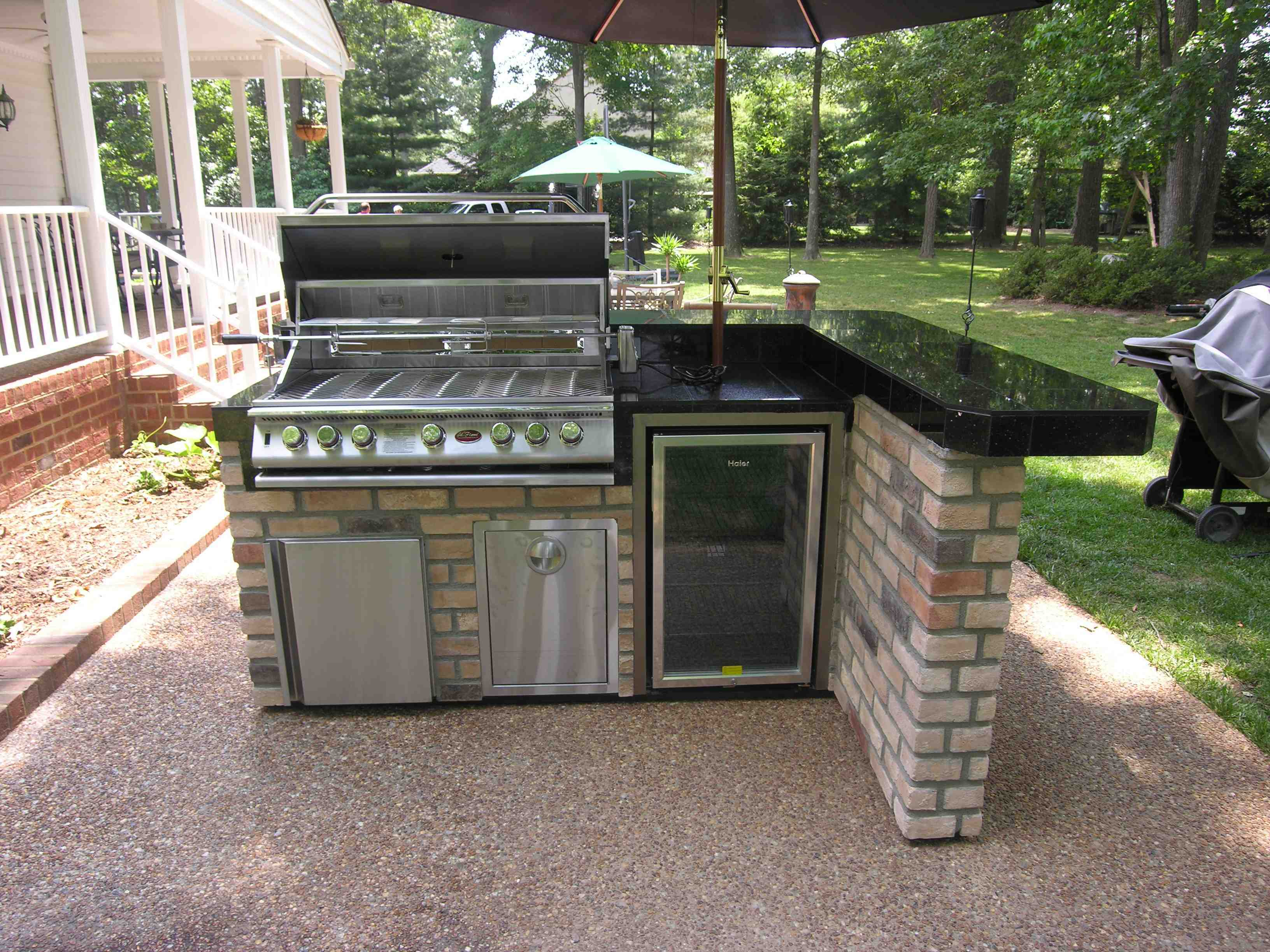Bbq Design Ideas image by summerset gardensjoe weuste Inexpensive Outdoor Bar Ideas Small Kitchens Bbq
